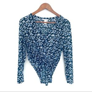 H&M long sleeved Shirt- Cottage Floral size small